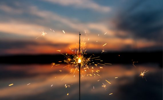Sparkler at Sunset (Dawid Zawila)
