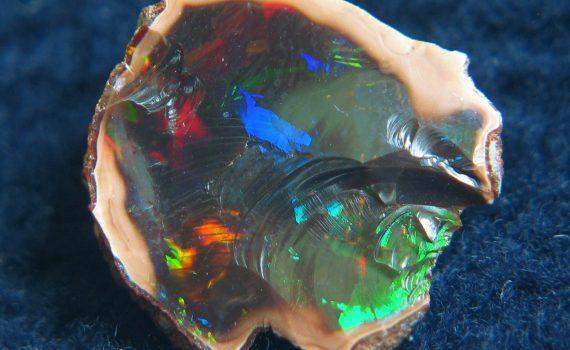 Rough Ethiopian Opal (Kolekcja - Lech Darski)