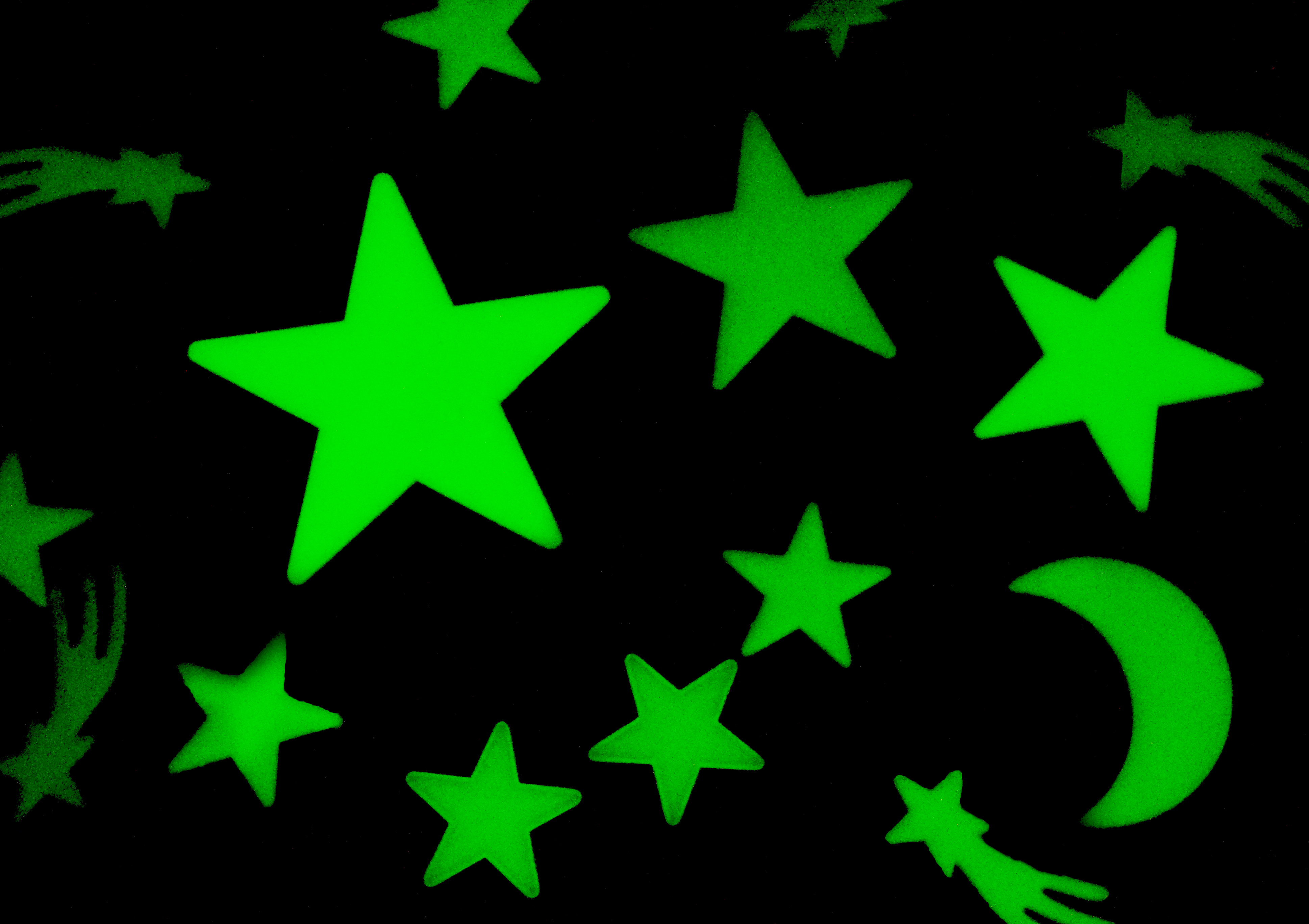 Glow in the Dark Ceiling Stars (Kat, Flickr)