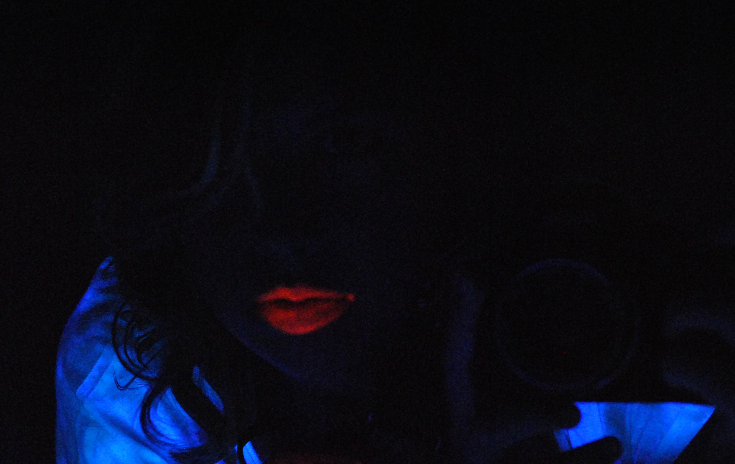 Black Light Lipstick (Paulina Spencer)