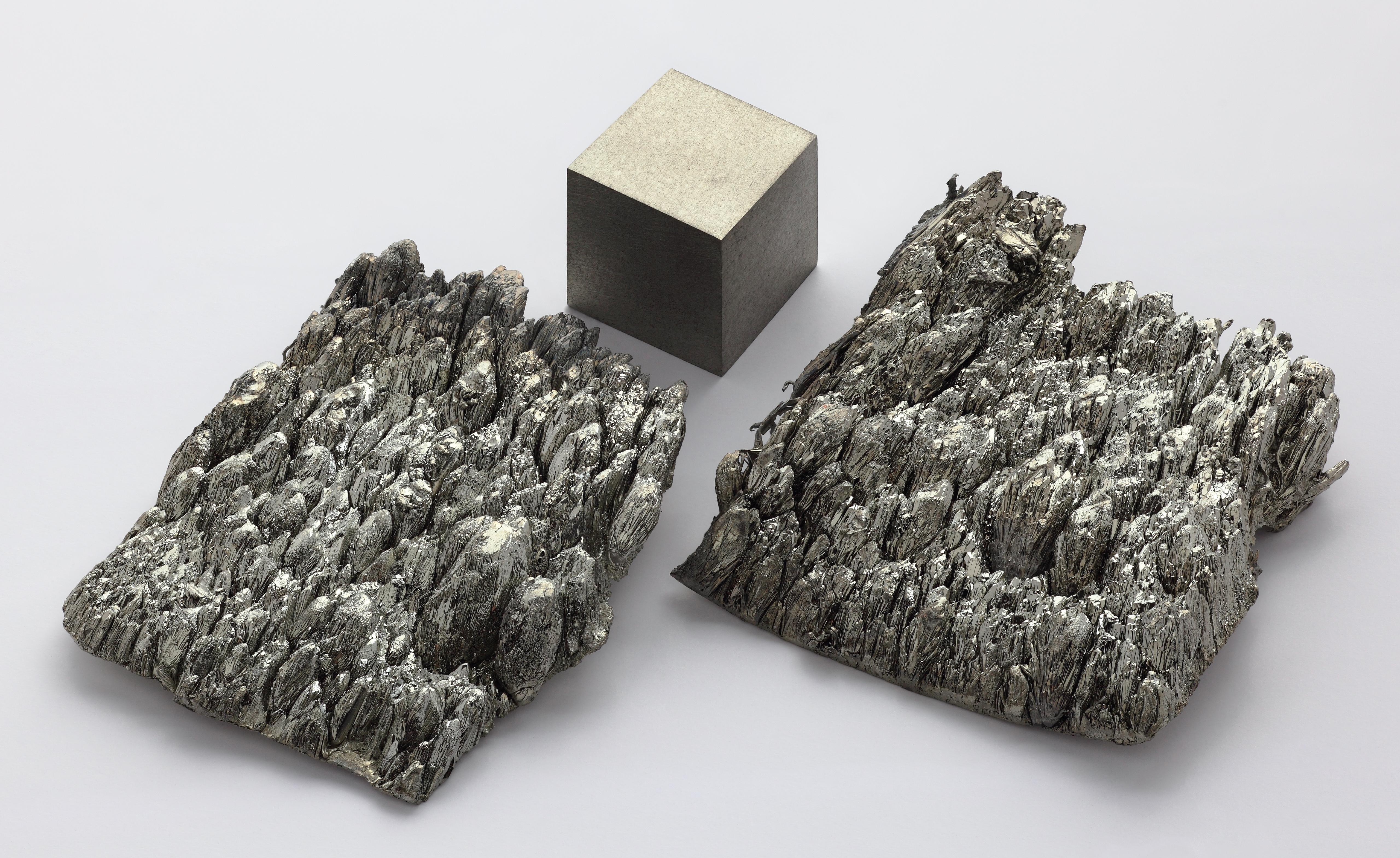 Pure Scandium Cube and Dendrite Crystals (photo credit: Alchemist-hp)