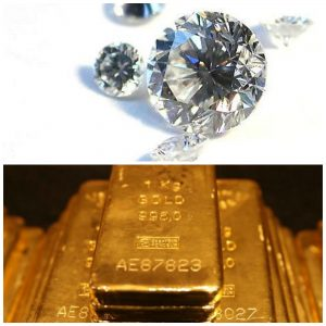Carat vs Karat: A carat is a unit of gemstone mass equal to 200 mg, while a karat is a measure of gold purity. (photos: Mario Sarto, Agnico-Eagle)