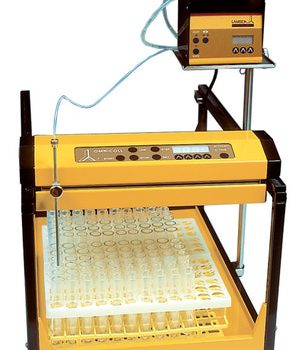 Chromatography Fraction Collector. Lambda Omnicoll (Wikimedia Commons)