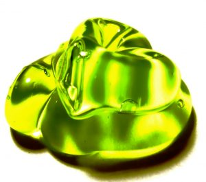 Use translucent glycerin soap to make soap slime you can see through. (darwin Bell)